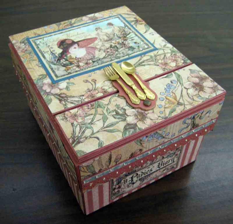 Recipe-Box_Lady-1
